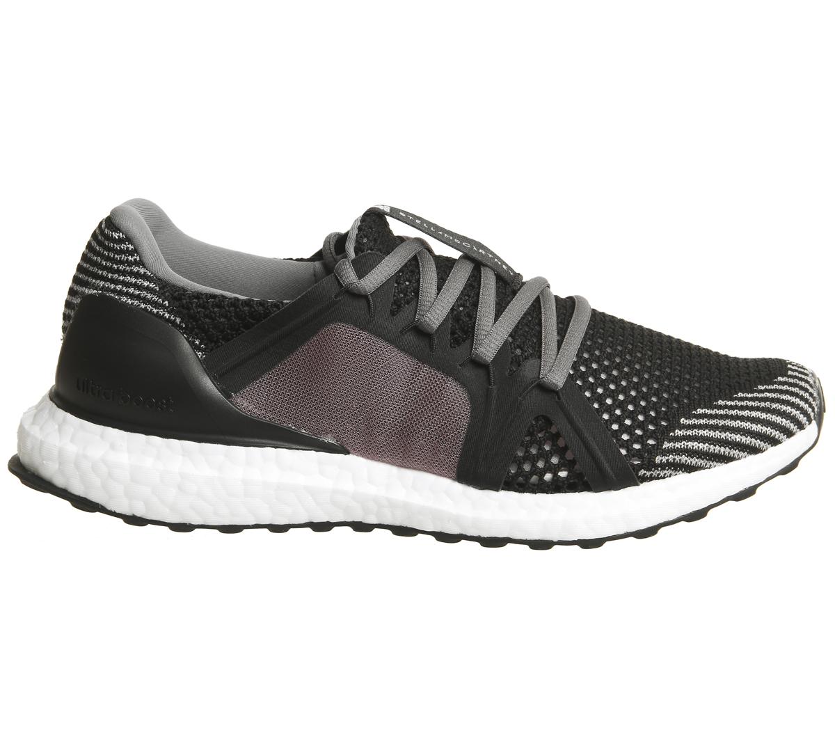 5bf9d4bb9b2 Dettagli su Da Donna Adidas Stella Ultra Boost Scarpe da ginnastica Scarpe  da ginnastica Core Black- mostra il titolo originale
