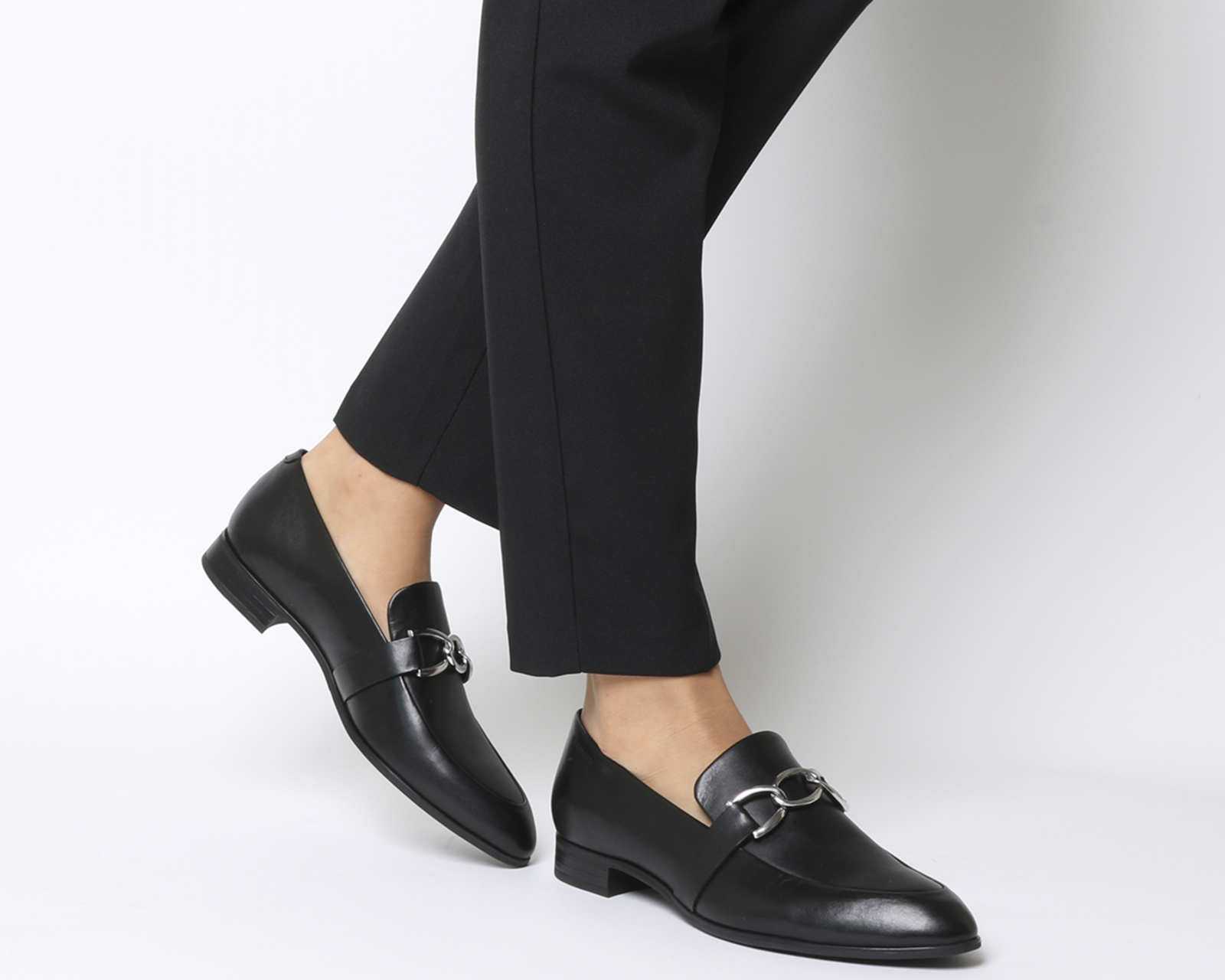 6501b5dae0c Details about Womens Vagabond Frances Detail Loafers Black Leather Flats