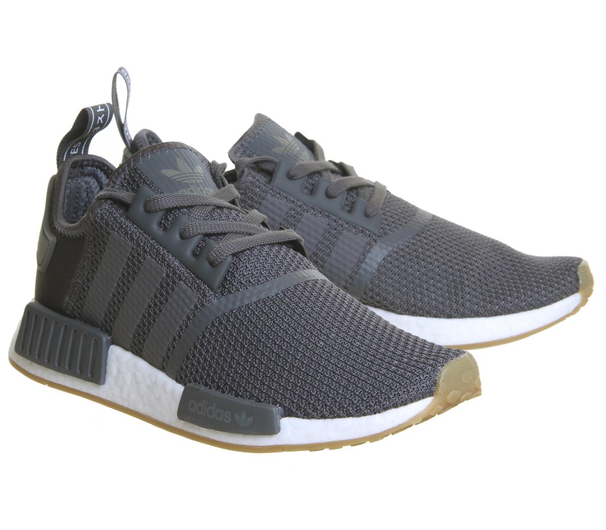 Adidas NBA EA Sports Retro Rare Trainers Baskets Baskets Trainers chaussures