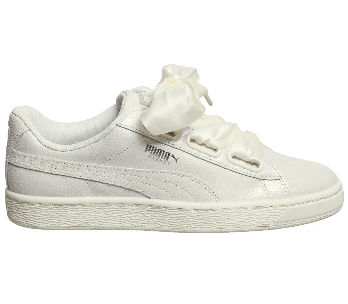 4b76f634fa14 Sentinel Womens Puma Basket Heart Trainers Puma White Shine Trainers Shoes