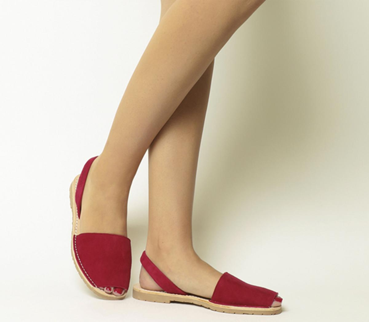 8e678ed7071f Sentinel Womens Solillas Red Leather Slip on Sandals Size UK 6  Ex-Display
