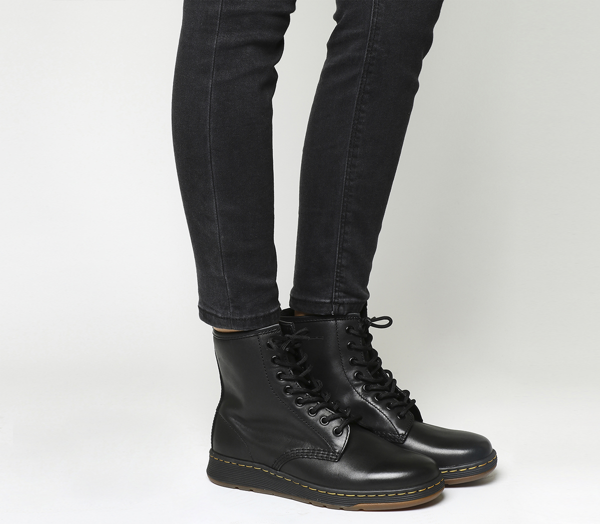 Sentinel Womens Dr. Martens Black Leather Lace Up Ankle Boots Size UK 7  Ex- b7323641bb