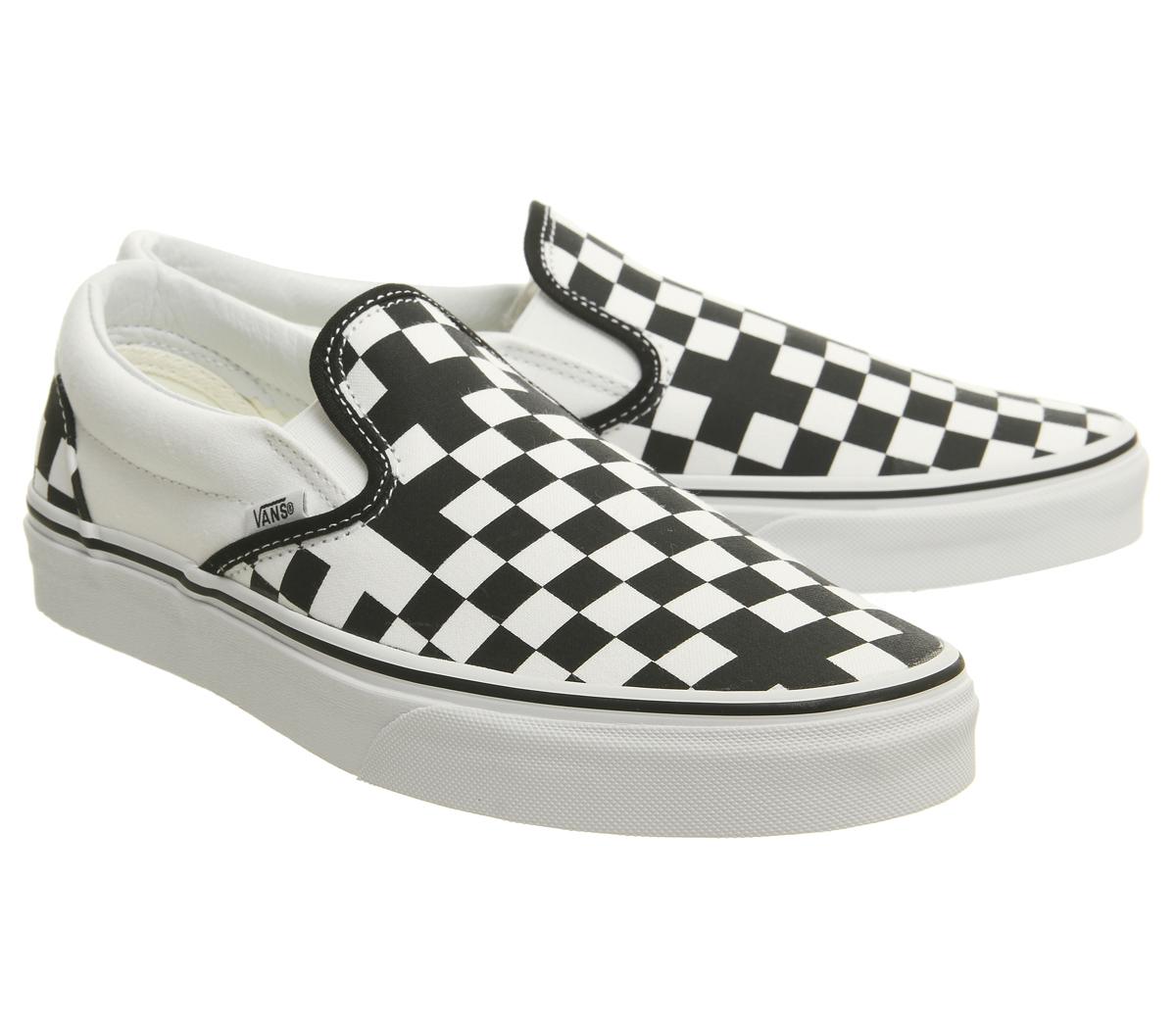 df52d081f6f07c Mens Vans Vans Classic Slip On Trainers Geometric Black True White ...