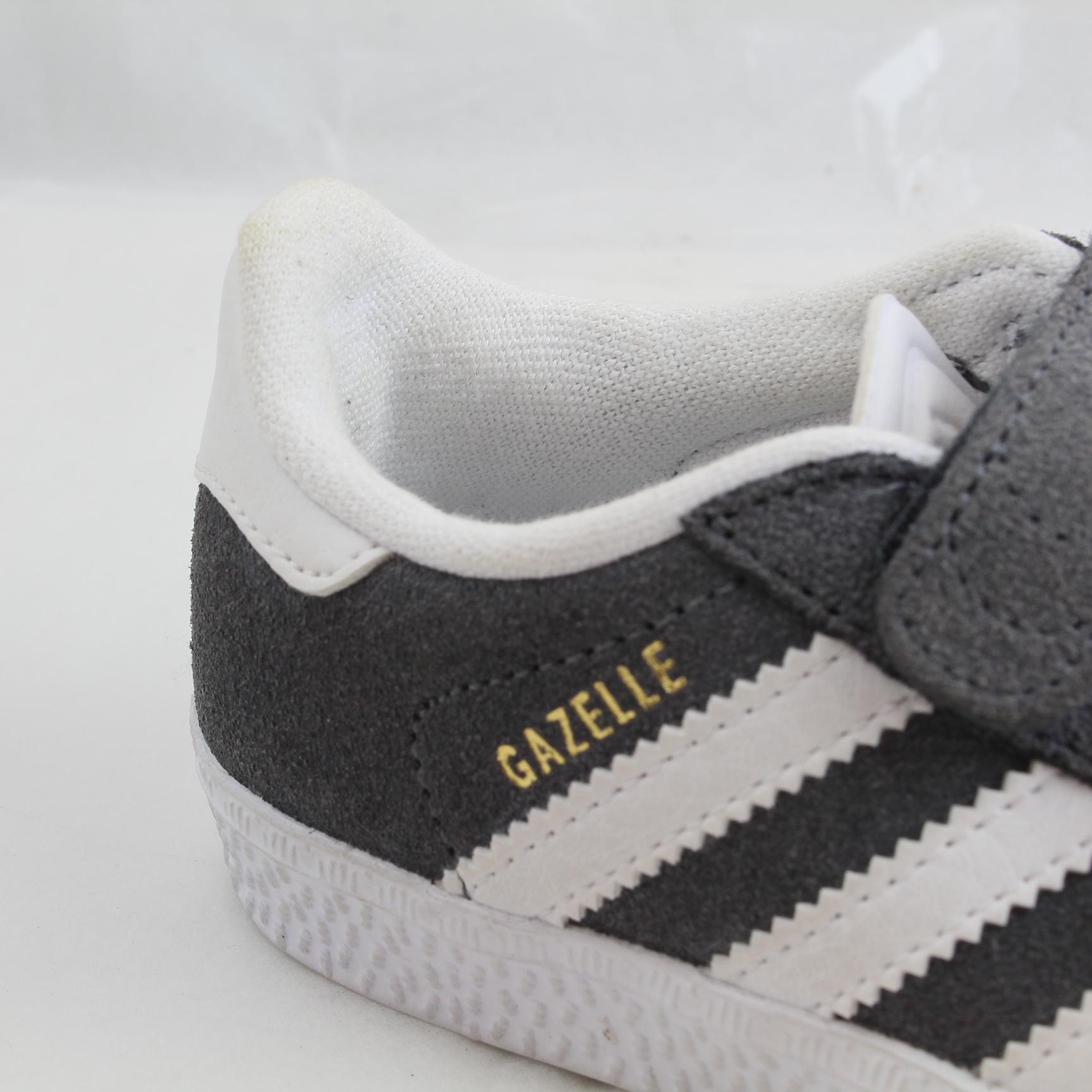 SENTINEL Bambini Adidas grigio camoscio gancio e Loop Fastener formatori  taglia UK 6 infante   Ex- 3e567ad0756