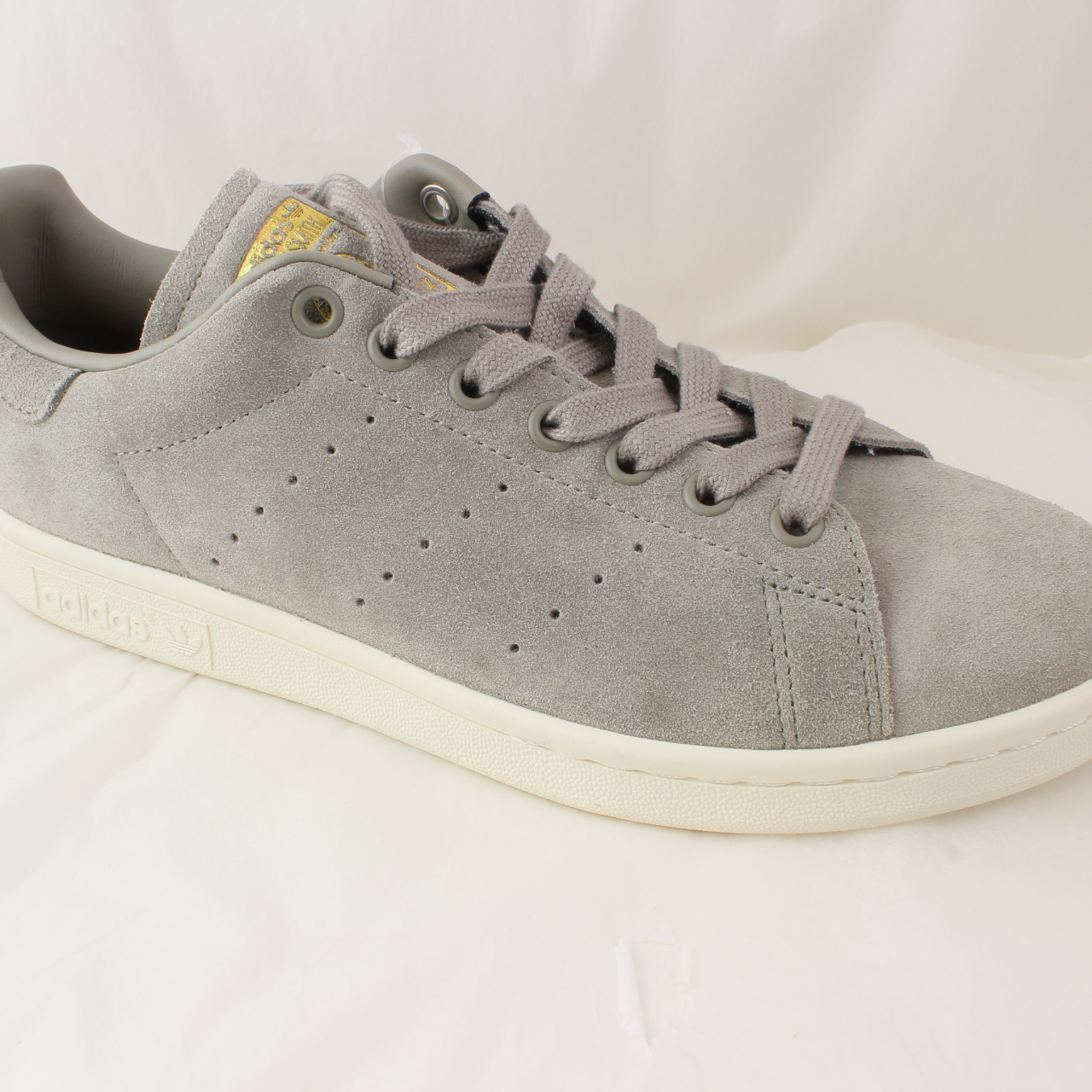 buy popular 13bfb 84943 Sentinel Mens Adidas Grey Suede Lace Up Trainers Size UK 7  Ex-Display