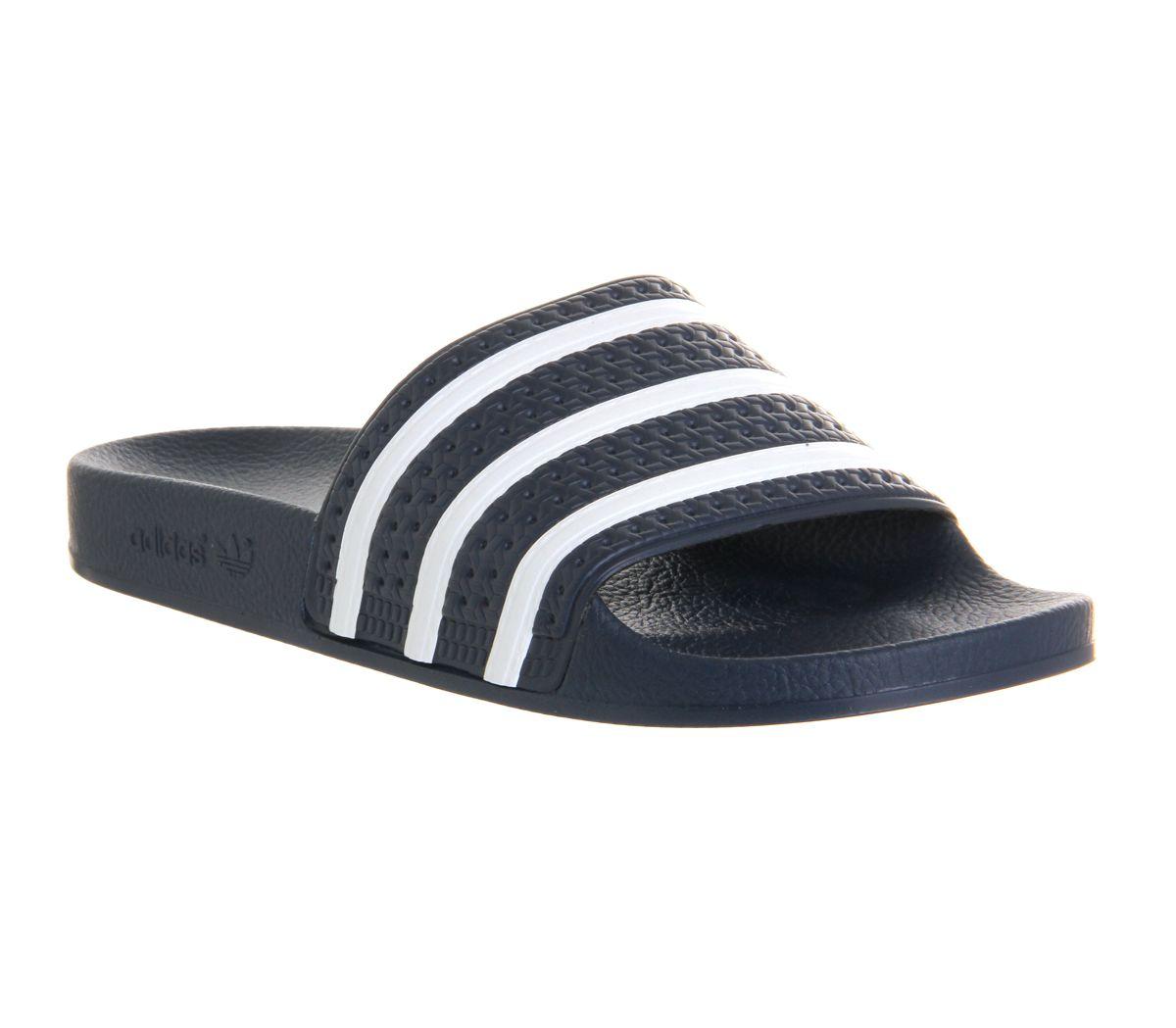 se procurer rachat ou vente sandale adilette blanc adidas