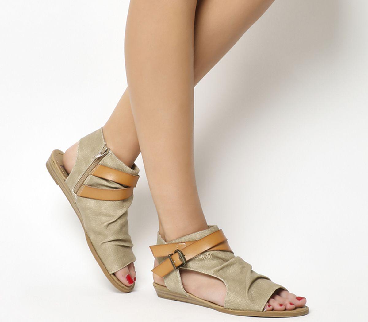 a15505a17f51 Sentinel Womens Blowfish Balla Sandals Desert Sand Canvas Dye Cut Sandals