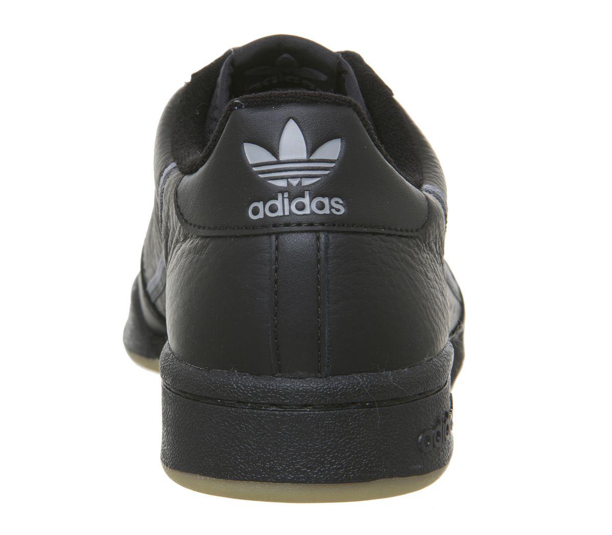 Adidas Nmd R1 Turnschuhe Schwarz Schwarz Gum Turnschuhe Kern