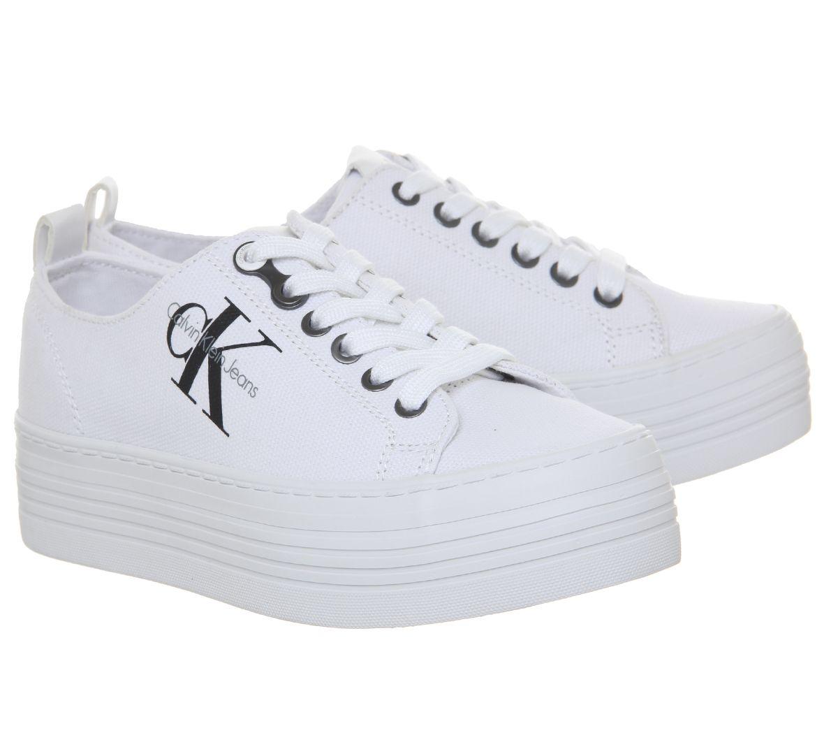 399124306e67d3 Dettagli su Da Donna Calvin Klein zolah Flatform Scarpe da ginnastica Scarpe  da ginnastica in tela Bianco- mostra il titolo originale