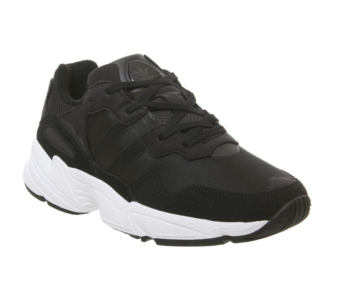 Adidas Yung 96 Kinderschuhe schwarz weiß