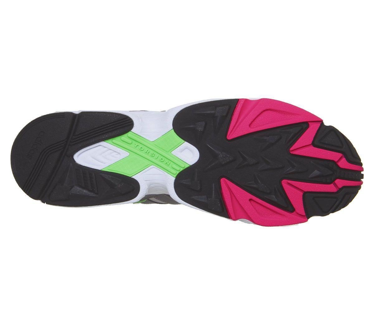 Dettagli su ADIDAS Yung 96 Scarpe da ginnastica Grey Grigio Due Tre Scarpe da ginnastica rosa shock mostra il titolo originale