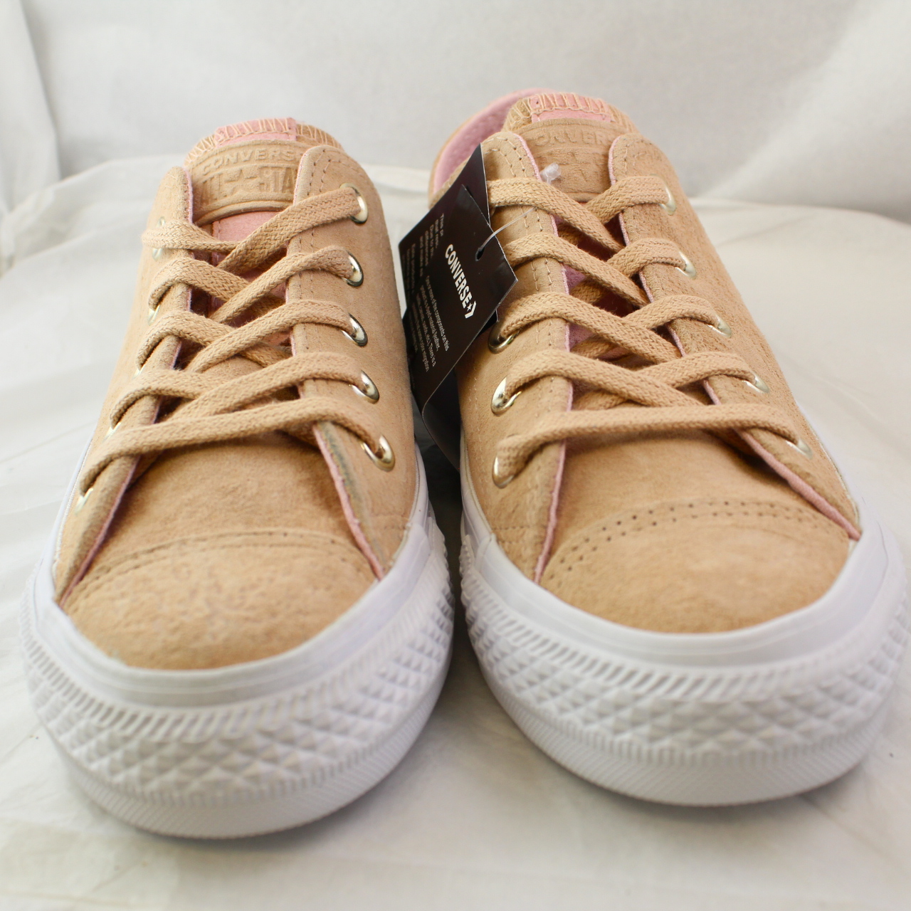 5e6c8d69d6ca Sentinel Womens Converse Cream Suede Lace Up Trainers Size UK 3  Ex-Display