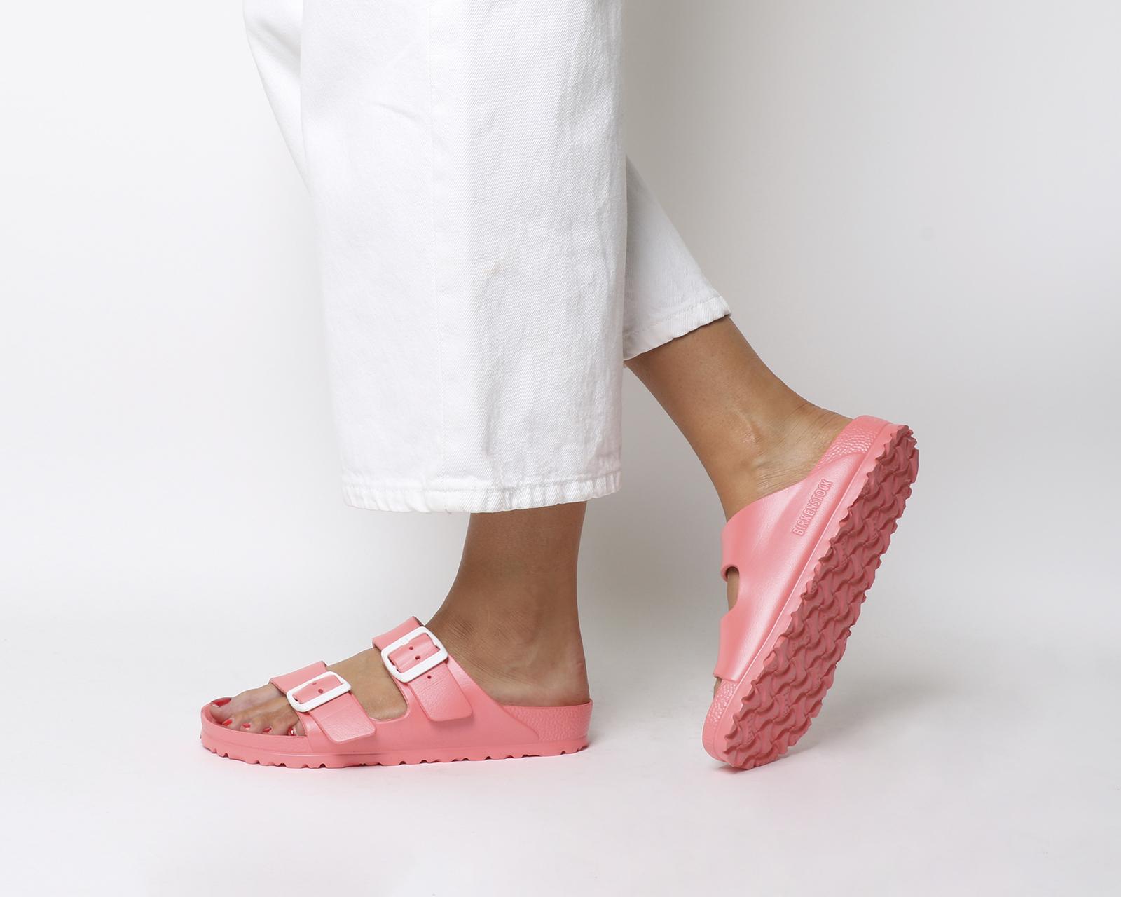 Dettagli su Donna Birkenstock Arizona Due Sandali con Cinturino Corallo  Molle di Plastica 698ce685584