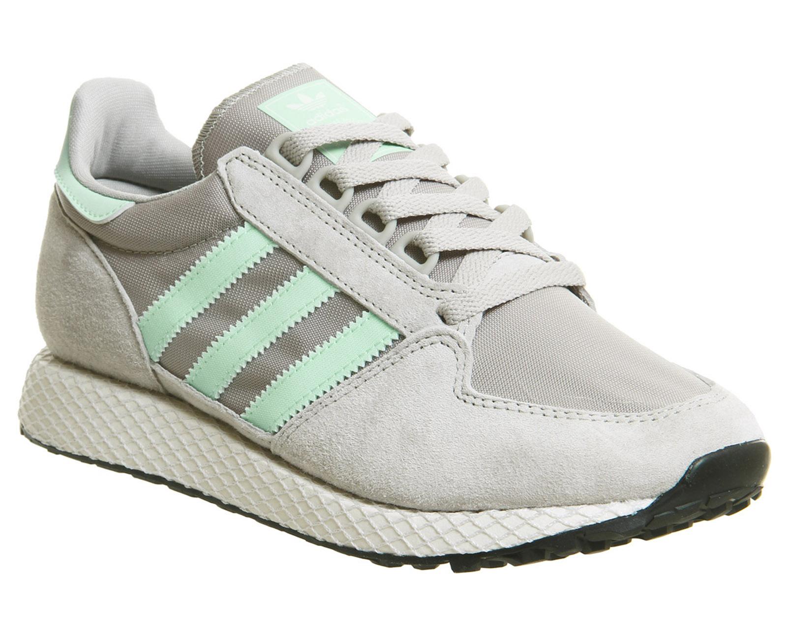 best service bd4da 94e90 SENTINEL Womens Adidas Forest Grove formatori sesamo nero scarpe da  ginnastica scarpe bianco