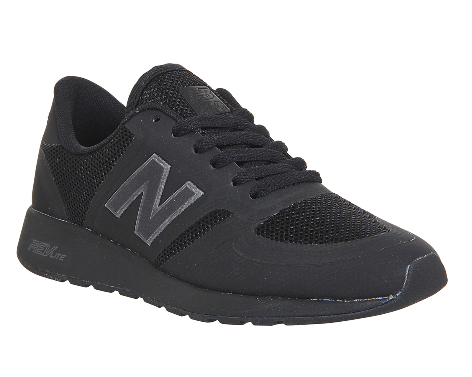 new balance ladies black trainers
