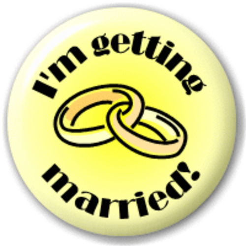 Small 25mm Lapel Pin Button Badge Novelty I'M Getting Married!