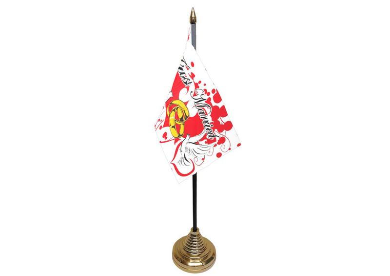 Just Married Hand Table or Waving Flag