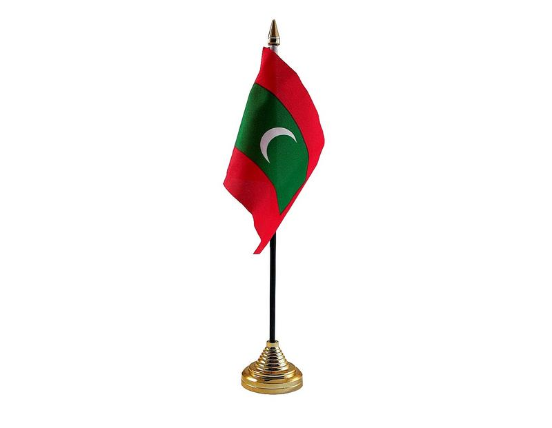 Maldives Hand Table or Waving Flag Country