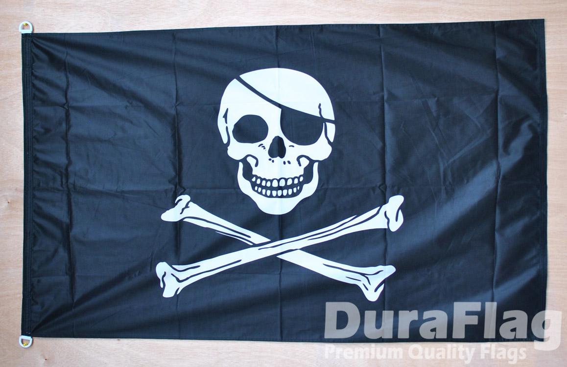 Duraflag High Quality Flag Skull /& Crossbones 45cm x 30cm Pirate D Ring
