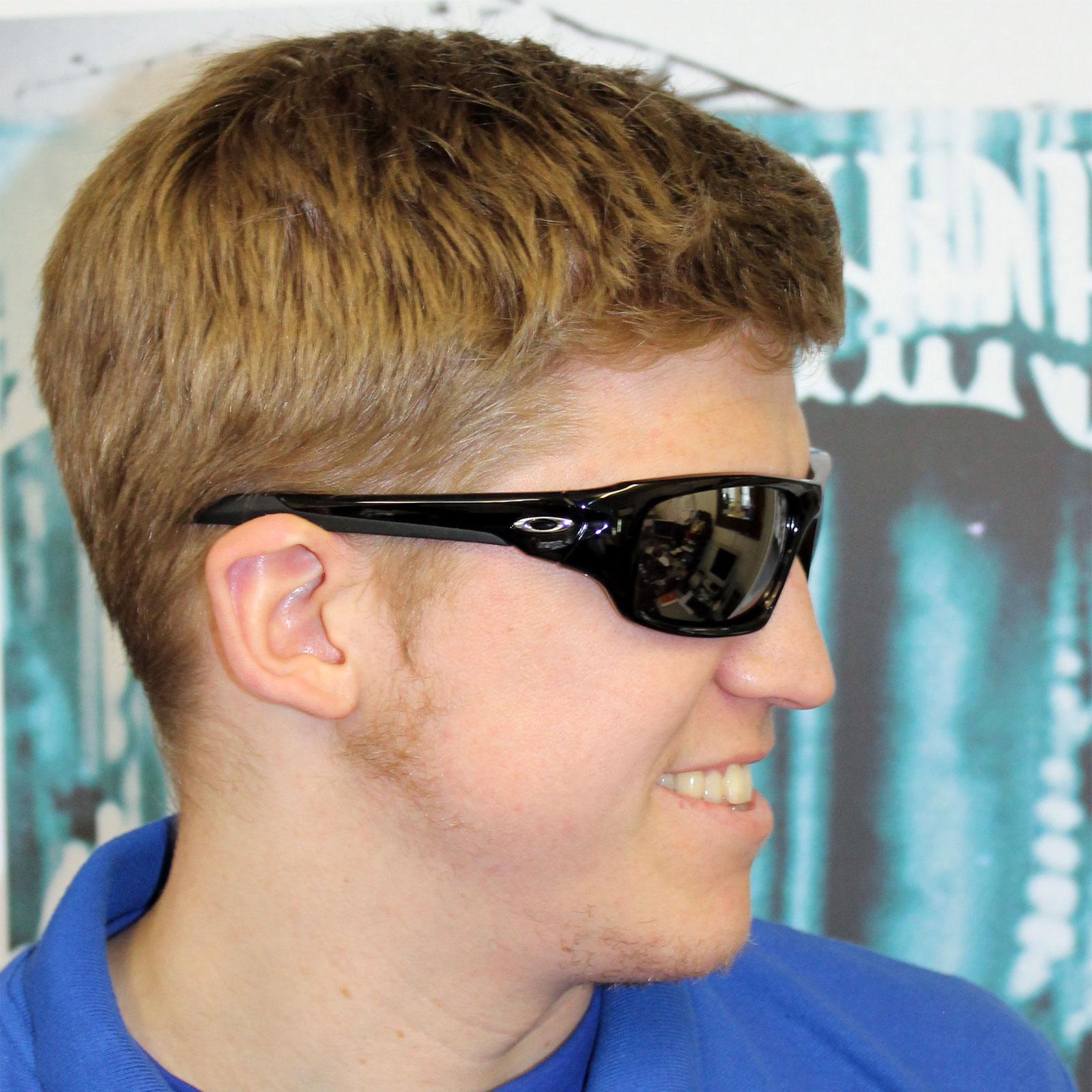 Oakley Sunglasses Valve OO9236 01