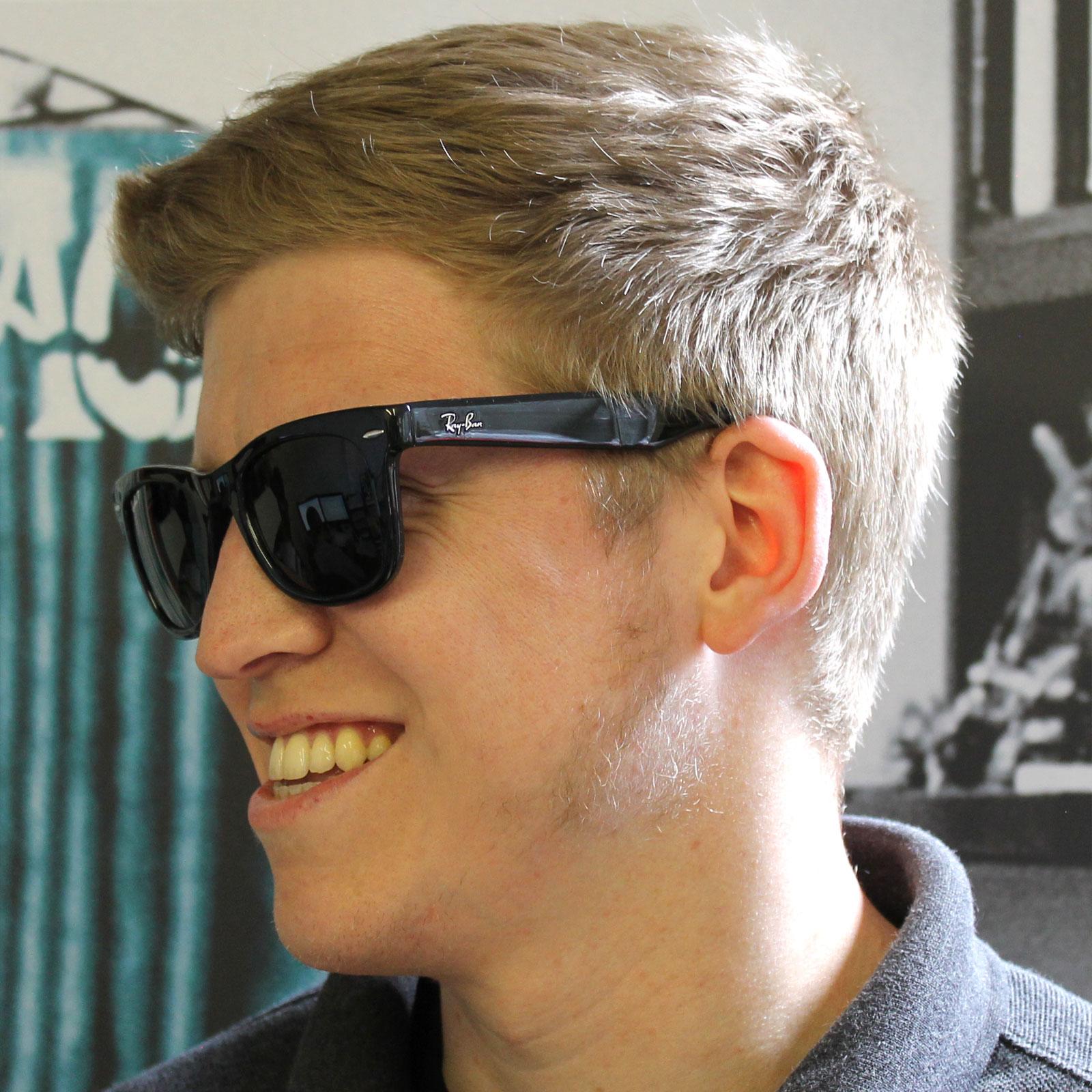 Sentinel Rayban Sunglasses Folding Wayfarer 4105 Black Green Polarized  601 58 54mm 3af60acd22a6c