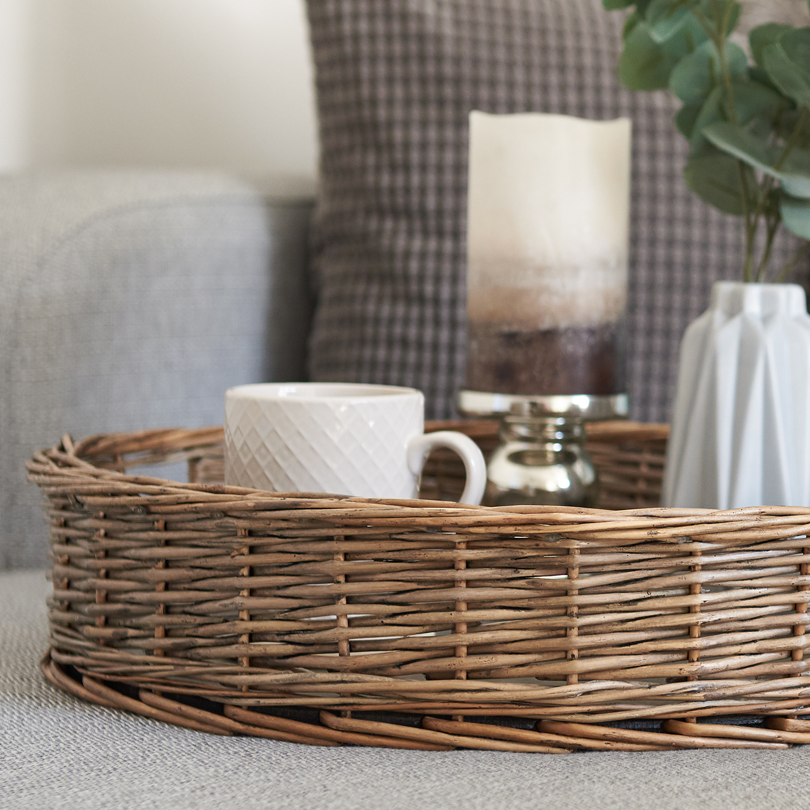 Hartleys-Round-Wicker-Serving-Tray-Decorative-Wooden-Platter-Coffee-Table-Decor thumbnail 19