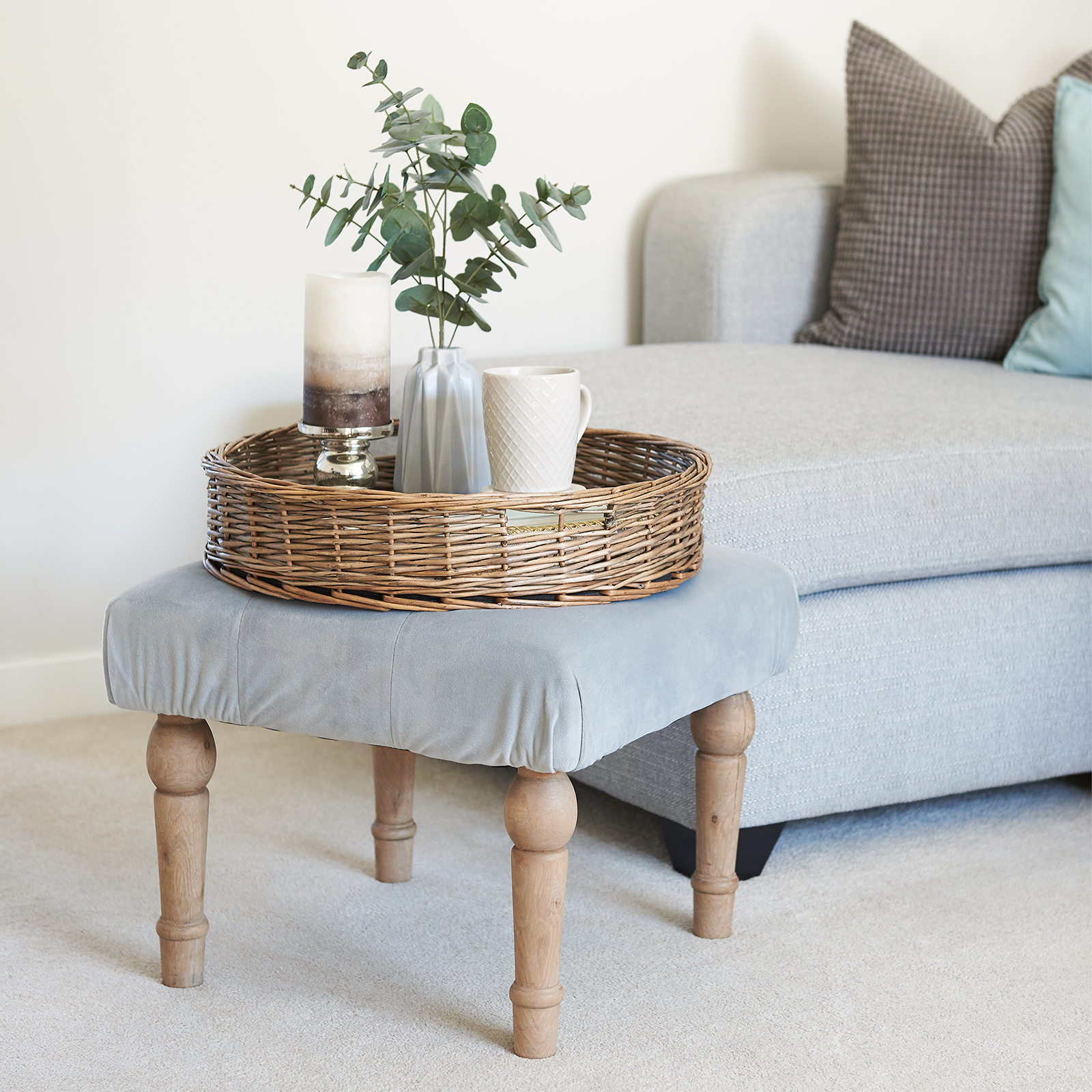 Hartleys-Round-Wicker-Serving-Tray-Decorative-Wooden-Platter-Coffee-Table-Decor thumbnail 18