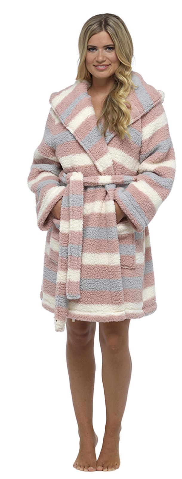 Womens Hooded Sherpa Soft Snuggle Dressing Gown Short Bath Robe ... 1846323b4