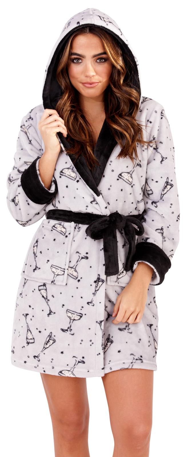 3bd78b574ba9 Womens Prosecco Short Hooded Robe Flannel Fleece Bathrobe Dressing ...