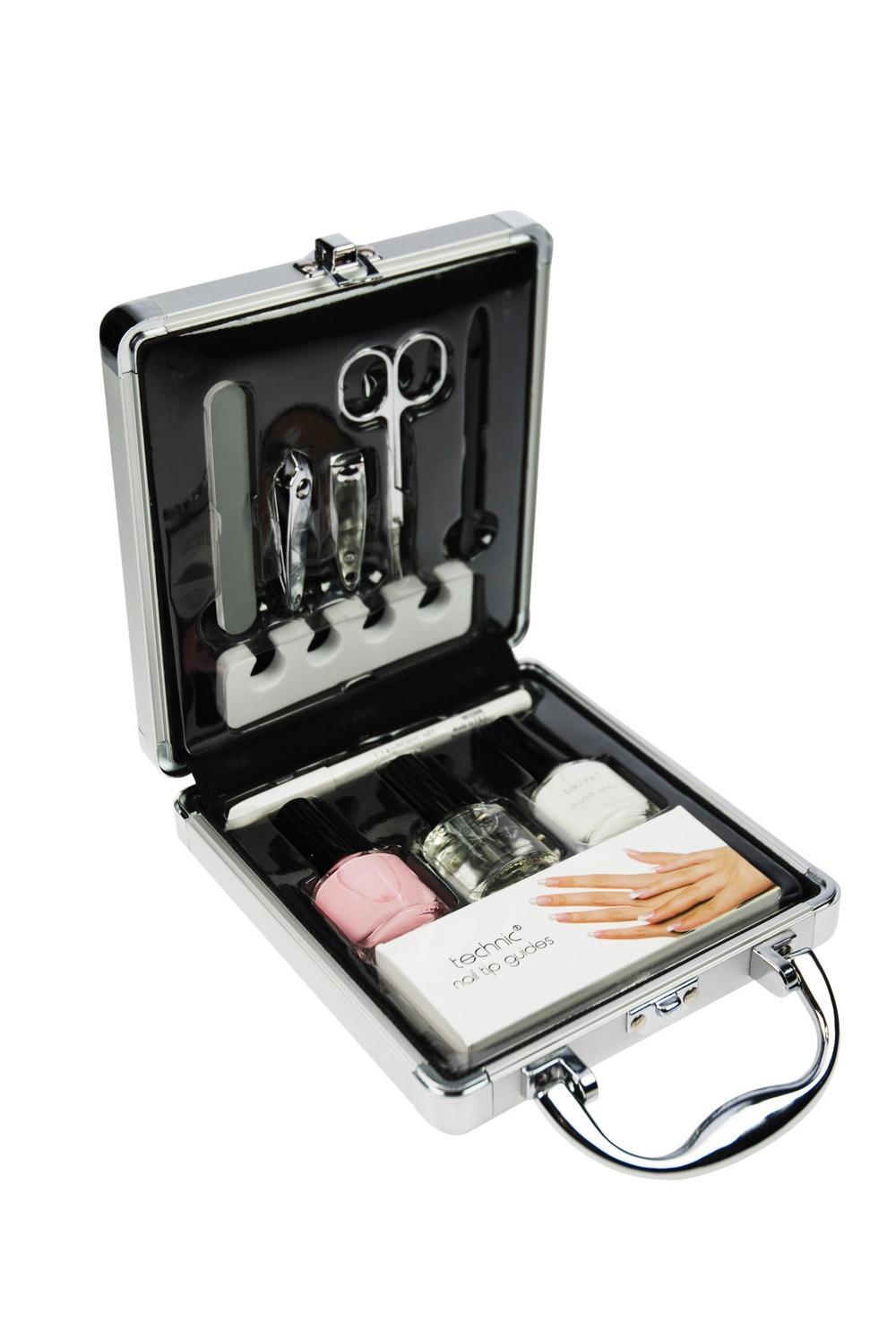 Technic Nail Varnish Small Beauty French Manicure Set Case