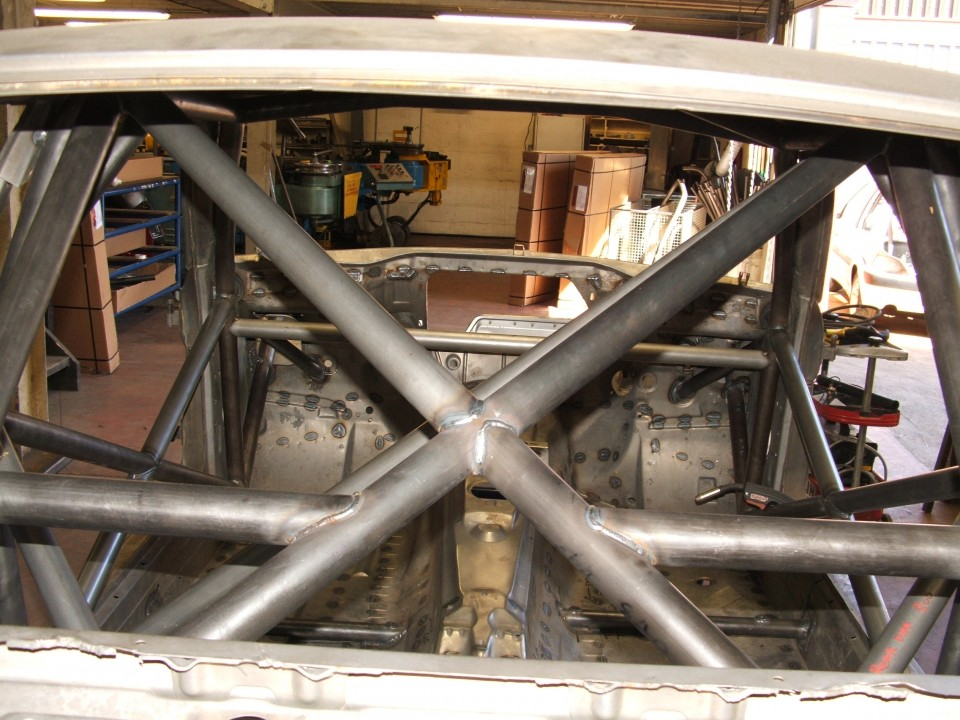 Details about Custom Cages BMW E36 3 Series Coupe Only Multipoint Weld In  Roll Cage CDS X Bar