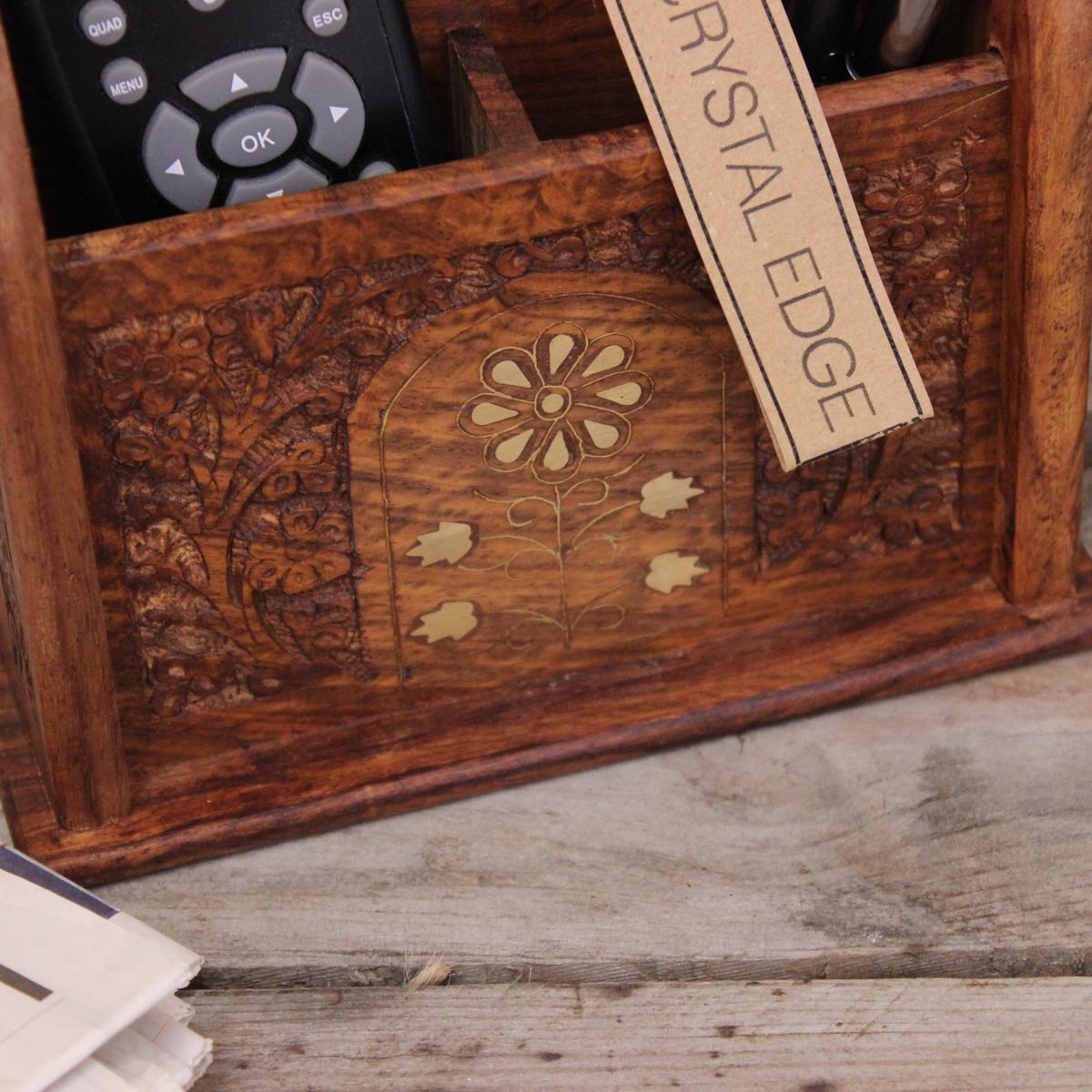 karban holz fernbedienung lagerregal mit messing inlay 3. Black Bedroom Furniture Sets. Home Design Ideas