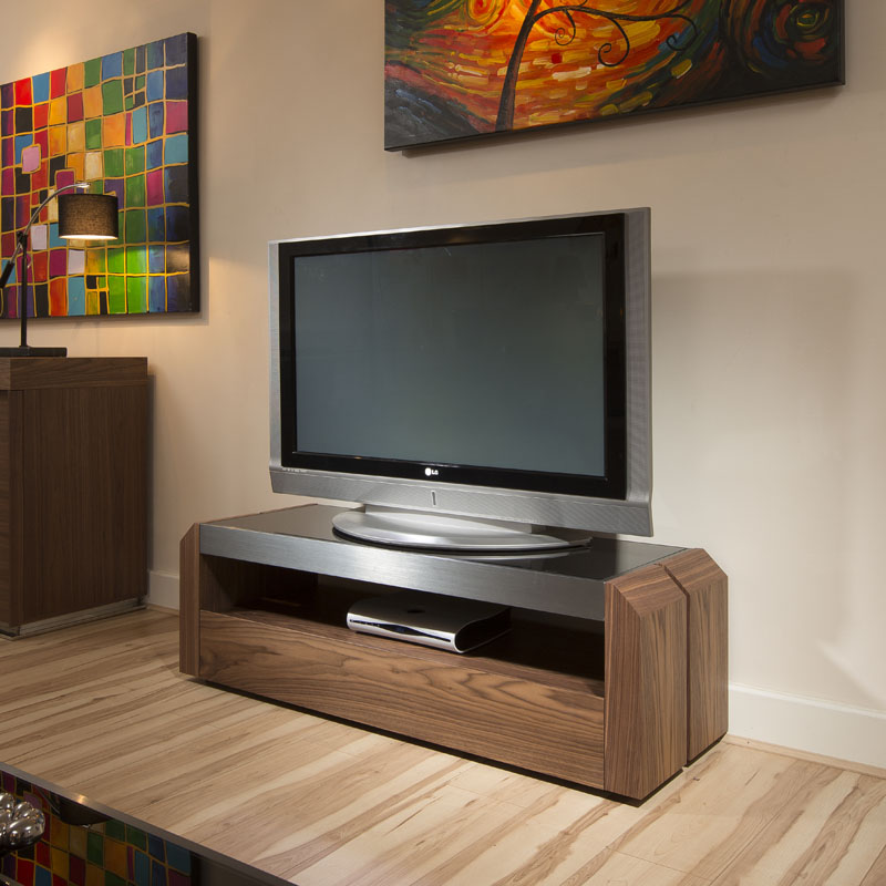 on sale ff8ff ffe09 Details about TV Stand / Cabinet / Unit Walnut, Black Glass Top, Alum  1.3mtr 701 New