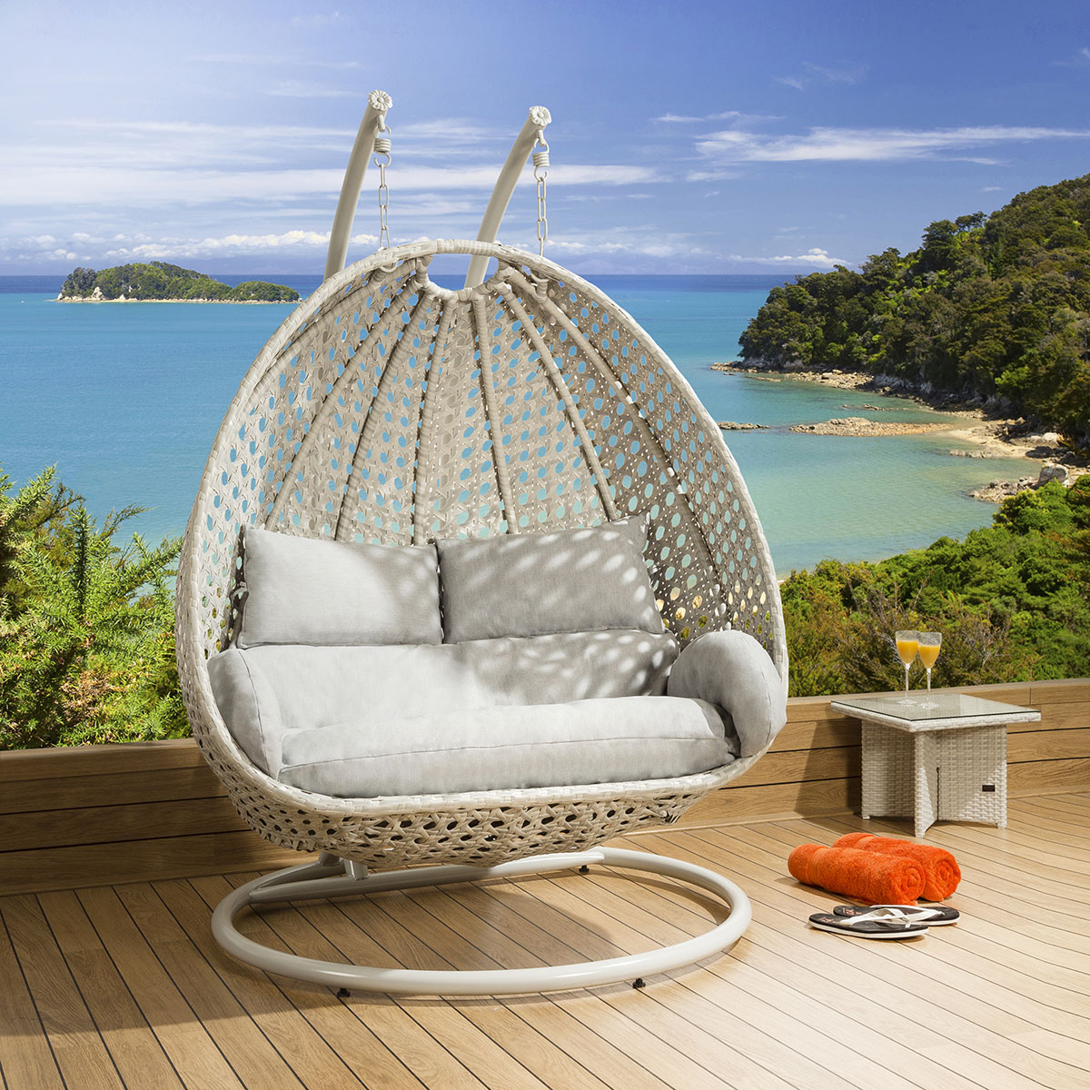 outdoor hanging chair luxury outdoor 2 person garden pod hanging chair swing 29659