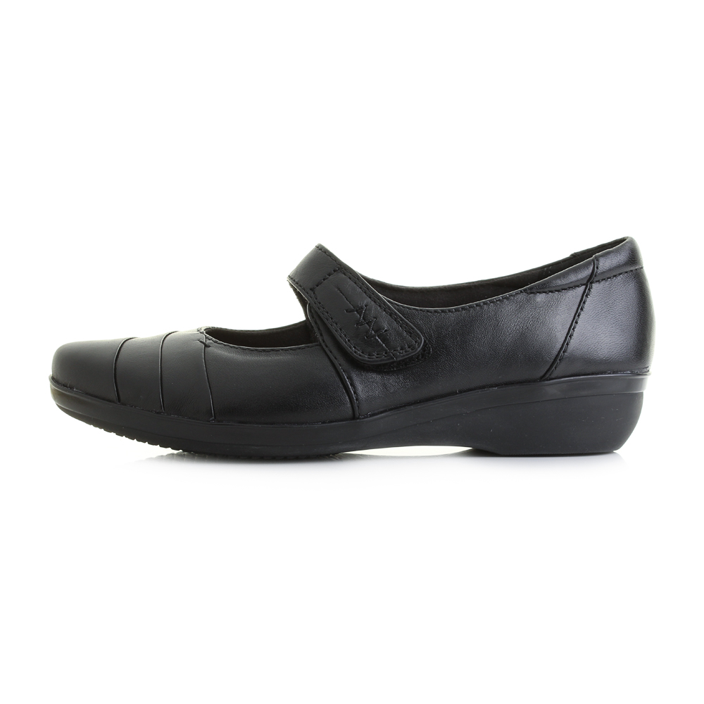 clarks womens pumps