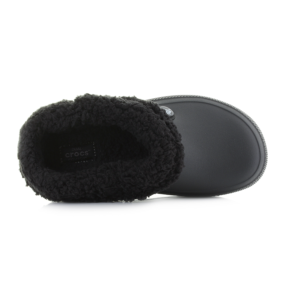 06c258e3a439 The Blitzen 3 from Crocs gives maximum comfort while also offering a  practical functionality. These clogs have all the trademark DNA of a  classic croc with ...
