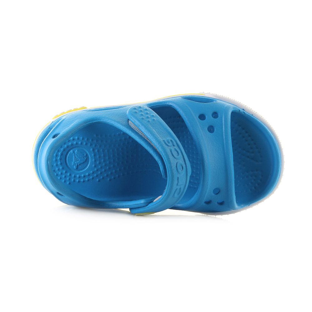 d0a978d39d65 ... and practical while also looking great this is the perfect piece of  footwear over the summer months for any little one. The bright blue colour  scheme is ...
