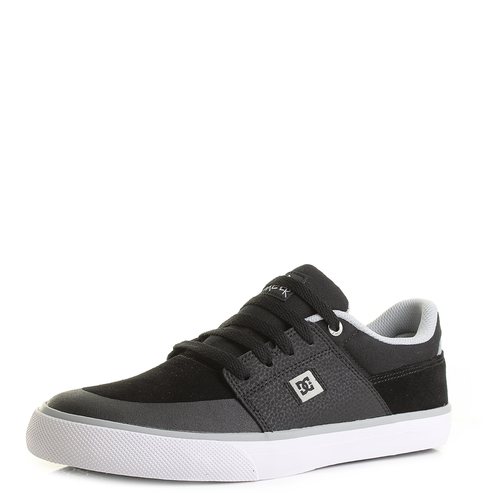Mens DC Shoes Wes Kremer Black Grey White Low Top Skate Trainers Size