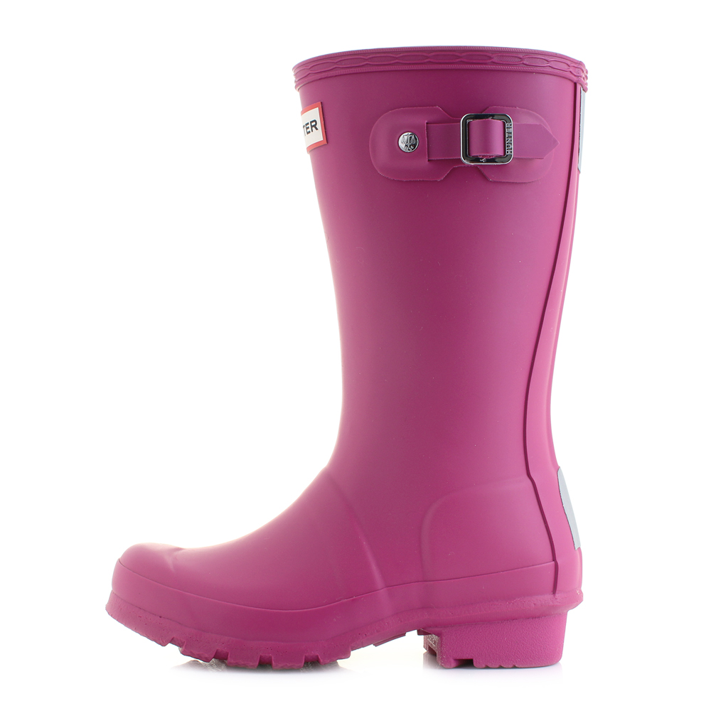 A lovely new colour option in the kids Hunter boot. Made in the same way as  the grown ups boot so you can expect the same level of quality construction.