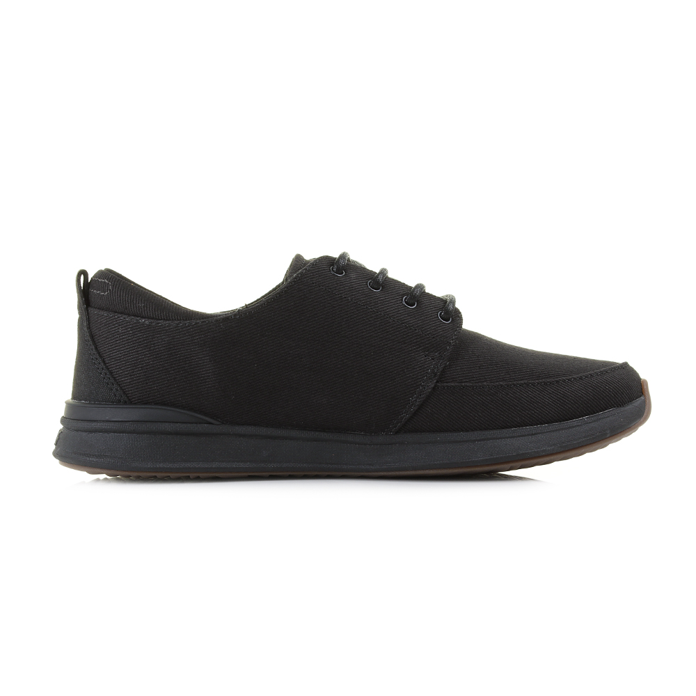a000e75fa20 Mens Reef Rover Low TX All Black Comfort Lightweight Trainers UK Size