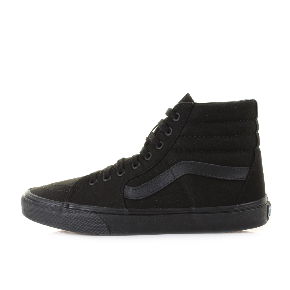 Vans classic retro trainers labelled as the Worlds  1 Skateboard Shoe. This  trainer has been around years and has been the icon of all skate boarding  shoes. b9a120578