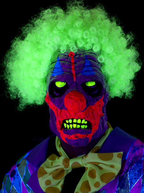 Clown Mask with UV Backlight