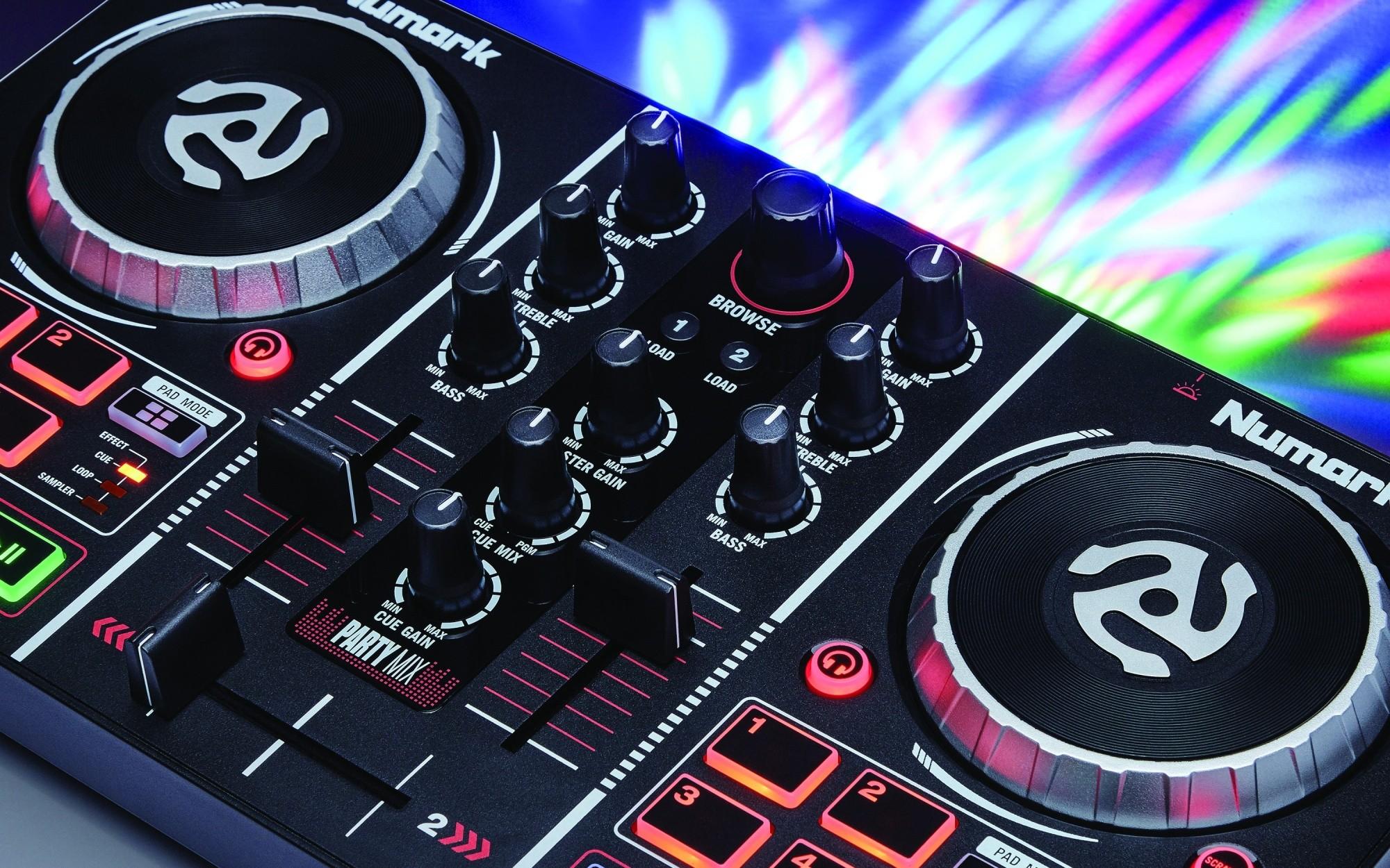 numark party mix starter dj controller built in sound card rgb light virtual dj ebay. Black Bedroom Furniture Sets. Home Design Ideas