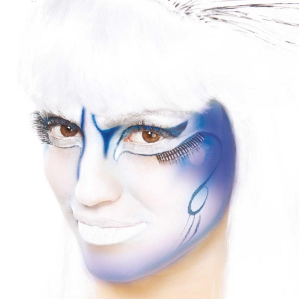 Blue Cream Make Up