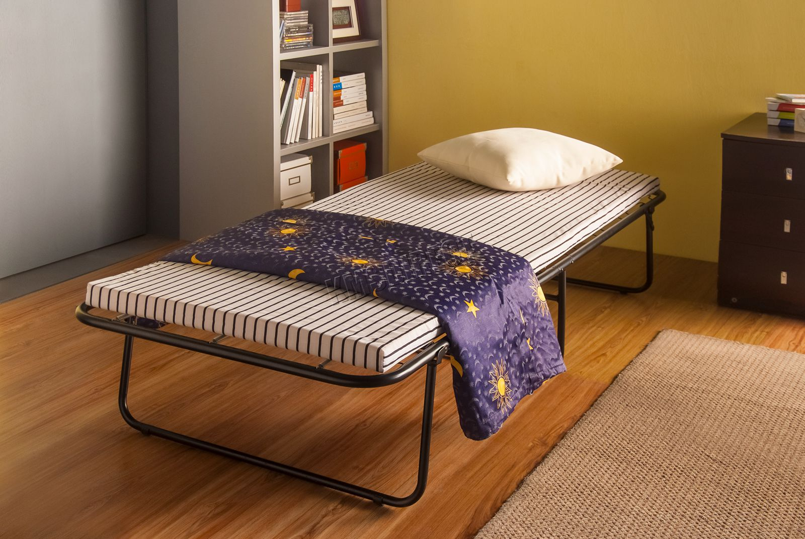 WestWood Single Metal Folding Guest Visitor Compact Bed ...