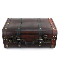 Set of 2 Wooden Suitcases Thumbnail 4