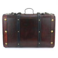Set of 2 Wooden Suitcases Thumbnail 5