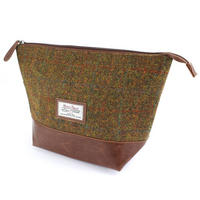 Harris Tweed Olive & Tan Tartan Wash Bag Thumbnail 1