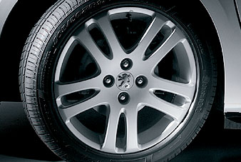 "PEUGEOT 307 TEMPEST 17"" ALLOY WHEEL [Fits all 307 models] 1.6 2.0 16v HDI XSI Thumbnail 1"