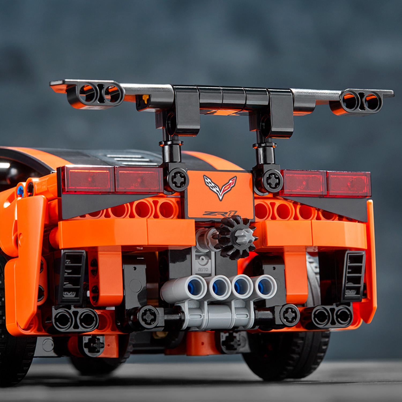 42093 lego technic chevrolet corvette zr1 579 pieces age 9. Black Bedroom Furniture Sets. Home Design Ideas